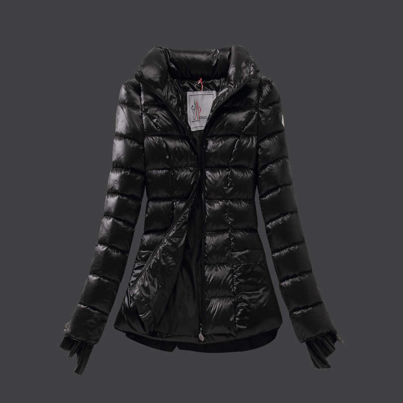 moncler veste femme moncler doudoune femme pas cher fourrure capuche veste hiver rouge. Black Bedroom Furniture Sets. Home Design Ideas